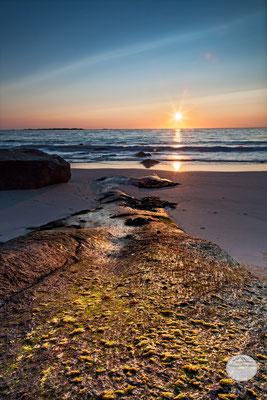 """Bild: Strand von Utakleiv, Lofoten, Vestvagoya, Norwegen, """"Farbenzunge"""", www.2u-pictureworld.de"""