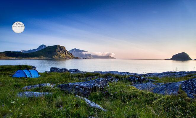 "Bild: Haukland Lofoten Norwegen, ""Schlafplatz"", www.2u-pictureworld.de"
