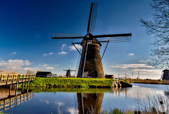 "Bild: Kinderdijk windmill, Netherlands, ""anno 1738""; www.2u-pictureworld.de"