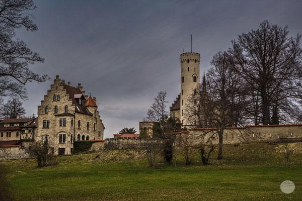 """Bild: Märchenschloss Lichtenstein,  Baden Württemberg bei Reutlingen, """"where is the brick in the wall?""""; www.2u-pictureworld.de"""