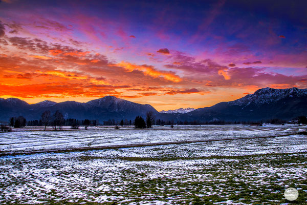 "Bild: sunrise at Großweil, Bavaria Germany, ""psychedelic morning cloudscape""; www.2u-pictureworld.de"