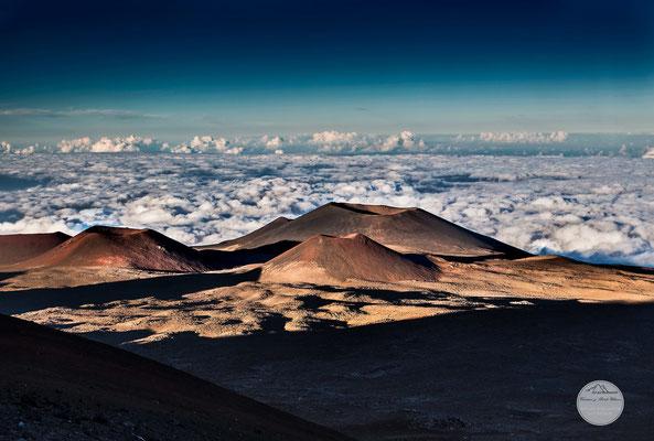 "Bild: cinder of volcano Mauna Kea, Hawaii, ""cinderland""; www.2u-pictureworld"