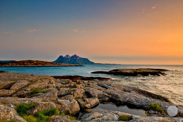 "Bild: Nordnorwegen Halbinsel Hameroy/Tranoy, ""night colours of Tranoy"", www.2u-pictureworld.de"