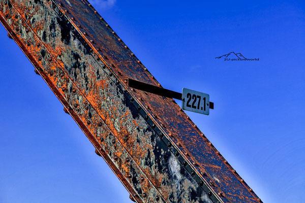 "Bild: ""Wegweisend"", Talkeetna, Alaska, www.2u-pictureworld.de"
