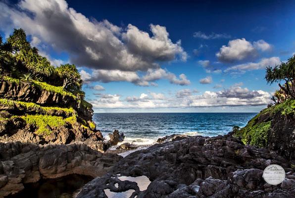"Bild: Oheo Gulch, Haleakala Nationalpark Maui, ""oheo ocean view""; www.2u-pictureworld.de"
