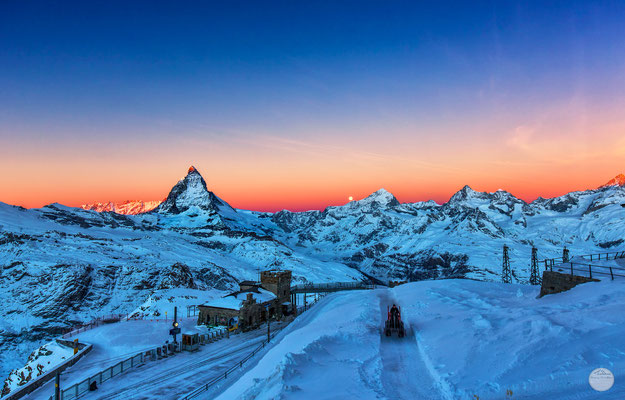 "Bild: Gornegrat station with Matterhorn and full moon, Zermatt, Switzerland, ""a special place to work...V5""; www.2u-pictureworld.de"