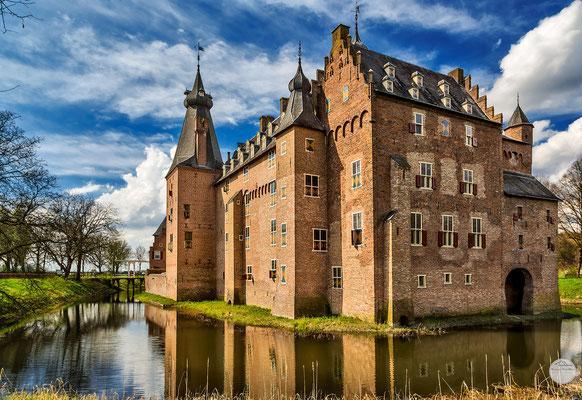 """Bild: Schloss Doorwerth, Niederlande, """"water castle Dorrwerth""""; www.2u-pictureworld.de"""
