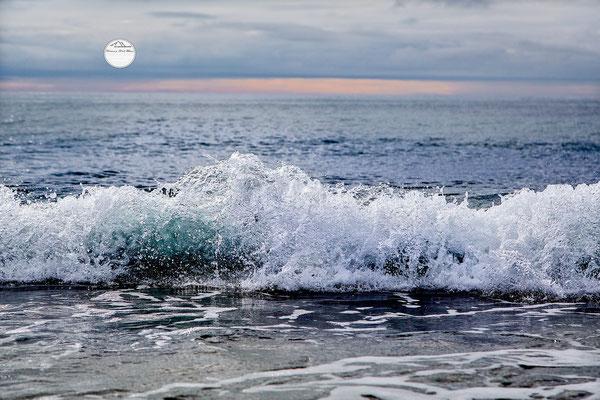 """Bild: Unstad, Lofoten, Norwegen, """"Sprudelwasser"""", www.2u-pictureworld.de"""