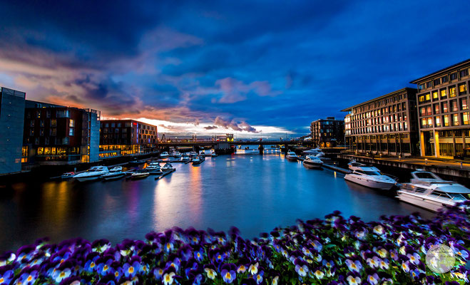 "Bild: Trondheim at midsummernight, ""Trondheimnight"", www.2u-pictureworld.de"