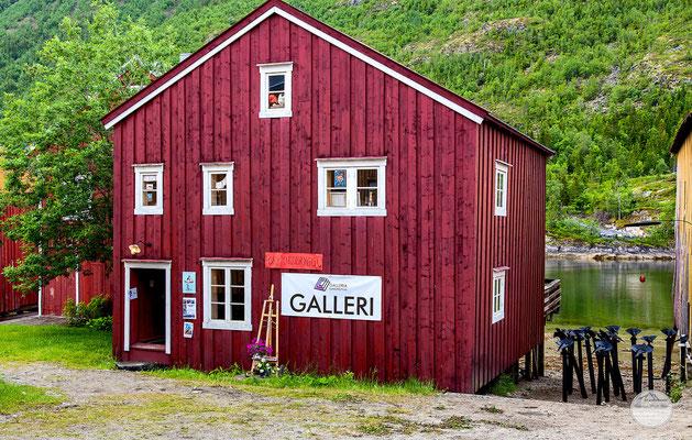 """Bild: Mosjoen, """"Galleri Mosjoen"""", www.2u-pictureworld.de"""