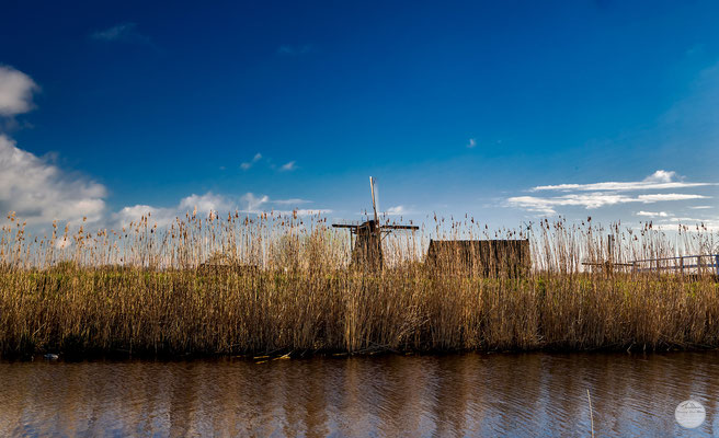"Bild: Kinderdijk windmill, Netherlands, ""hidden place""; www.2u-pictureworld.de"