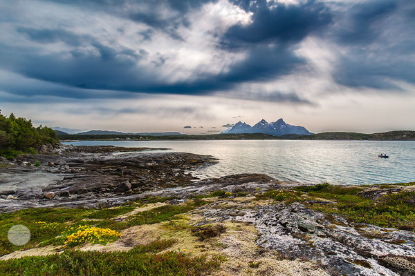"Bild: Nordnorwegen Halbinsel Hameroy/Tranoy, ""evening fishing"", www.2u-pictureworld.de"