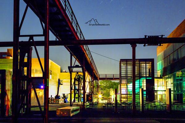 """Bild: Zeche Zollverein, """"Lichtstraße"""""""