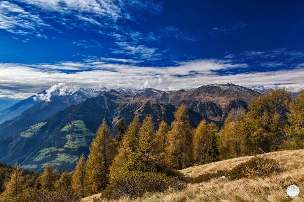 Bild: Blick auf die Mutspitze; Schenna Wandergebiet, Dolomiten; www.2u-pictureworld.de