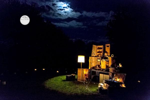"""Bild: Welttheater der Straße Schwerte 2015, Artistengruppe """"Anu"""", """"Ende der Vorstellung"""", www.2u-pictureworld.de"""