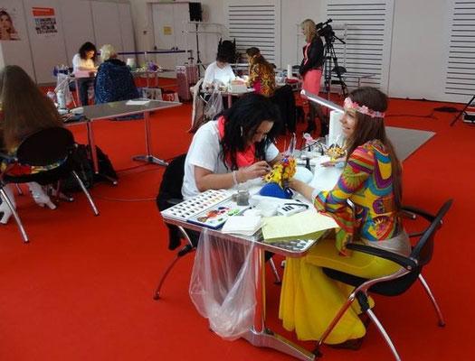 Pearl Nails and More Mitarbeiterin Adrienn Kun Lakatosné nimmt an der Schweizermeisterschaft teil