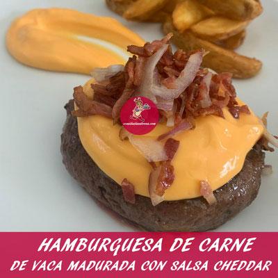 HAMBURGUESA DE CARNE DE VACA MADURADA CON SALSA CHEDDAR