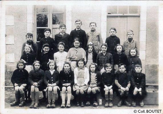 Photo de classe - Ecole de La Geneytouse - 1942 (c) Coll. BOUTET
