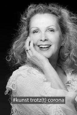 Claudia Zahn- Veventas