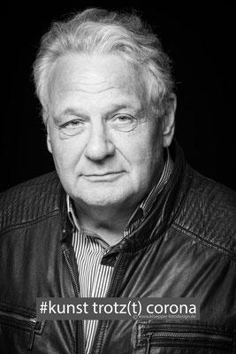 Axel Schnell ,Autor