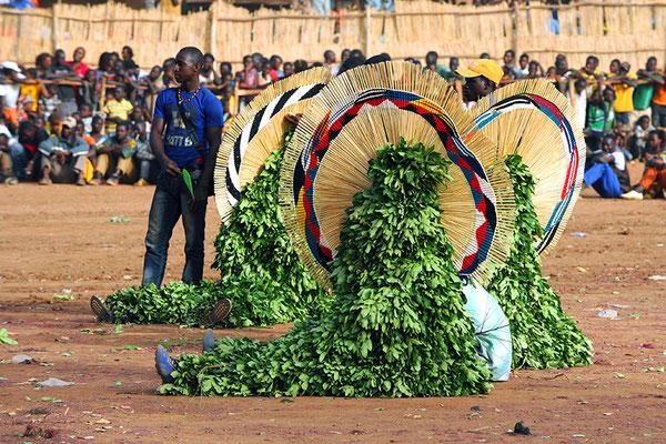Masque feuilles de Paradé (Burkina Faso)