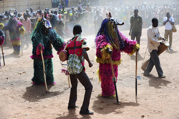 Masque fibres phacochère de Sankoué (Burkina Faso)