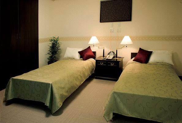 夫婦部屋/ベッドルーム