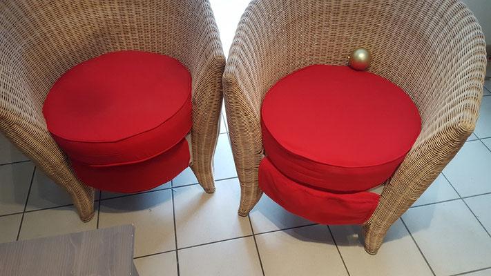 Réfection de housse de fauteuils en osier.