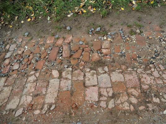 Hartgebrannte Ziegelsteine aus der Biedermeierzeit