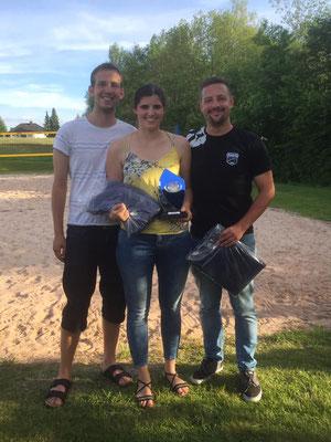 1. Platz: Fabian Recknagel, Tamara Ambos, Tom Zapf v.l.n.r.