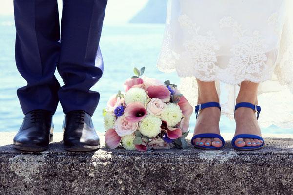 Bouquet rond mariée, arums