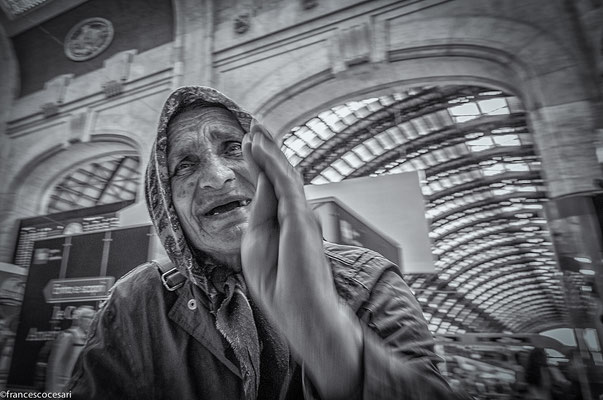 Milano - Train Station - Beggar