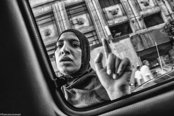 Cairo, begging at the traffic lights