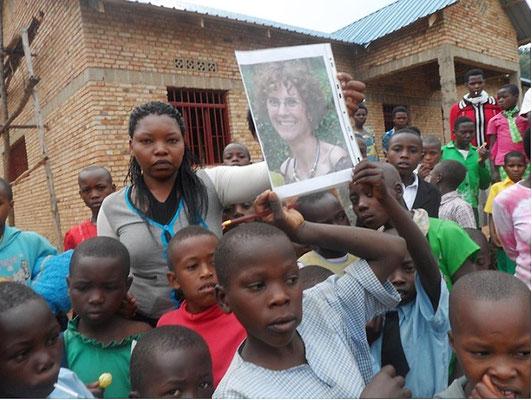 "La  ""cantine Anne-Marie"" de l'école de MUHIHI (Rwanda)"