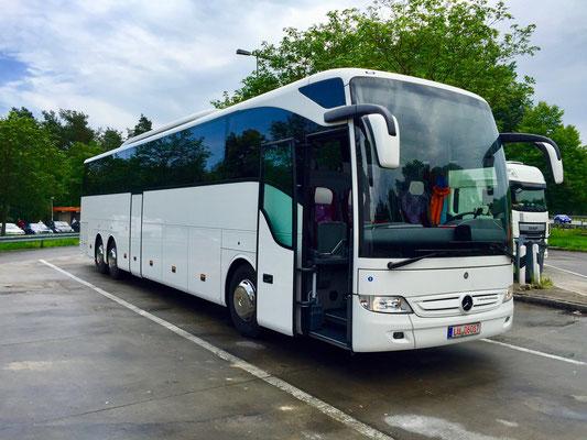 08.06.2016, Mercedes-Benz Tourismo, Garching > Frankfurt