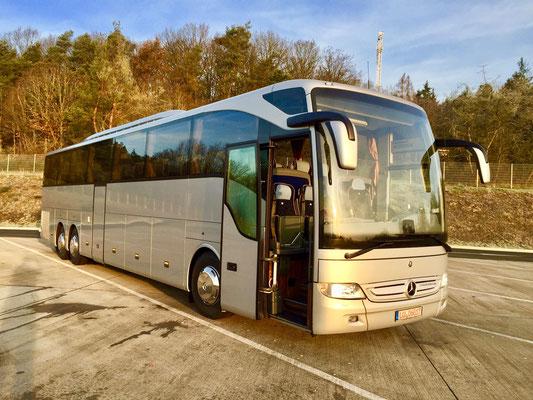 29.12.2015, Mercedes-Benz Tourismo L, Frankfurt > Marl