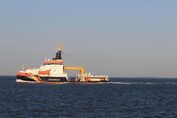 Die Neuwerk ist ein Mehrzweckschiff - Ölbekämpfer, Schlepper und Tonnenleger
