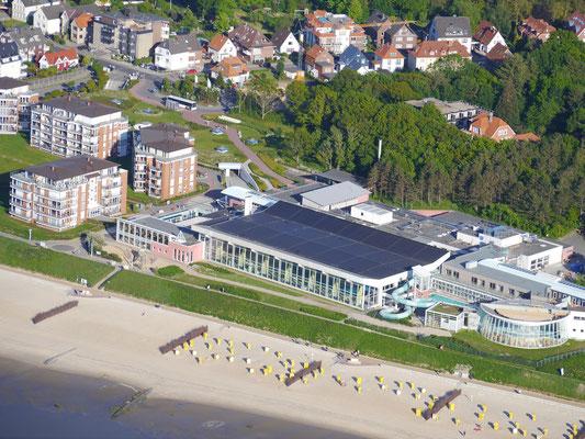 Das Ahoi Cuxhaven, Talassozentrum, Wellenbad, Sauna und Meer, direkt neben dem Strandpalais Duhnen