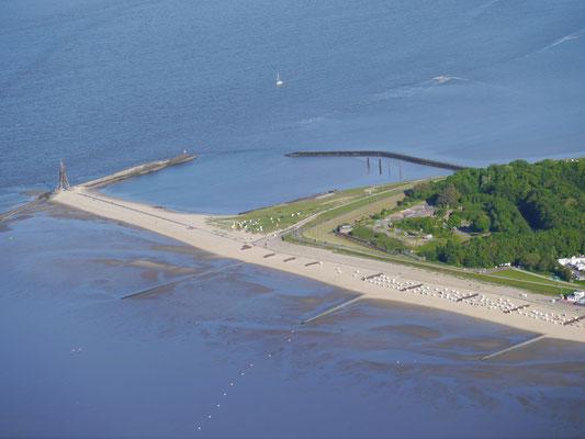 Die Kugelbake, dem Wahrzeichen von Cuxhavet und das Fort Thomson was früher zur Sicherung der Elbmündung diende