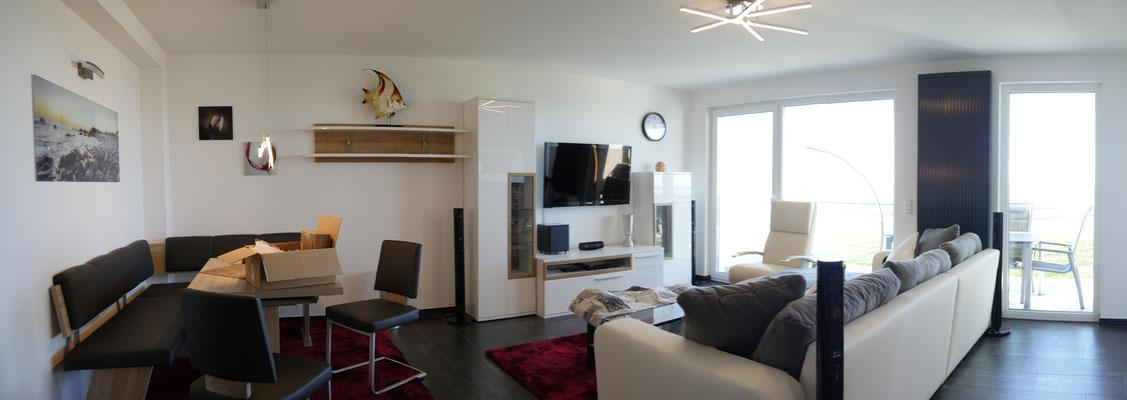 Der Wohn-und Essbereich der Ferienwohnung