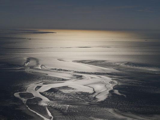 Das Wauttenmeht vor Cuxhaven Duhnen in der Abenddämmerung