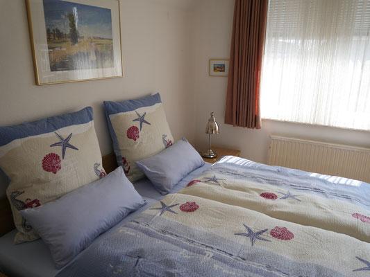 Die Matratzen im Schlafzimmer verfügen über zwei unterschiedliche Härtegrade