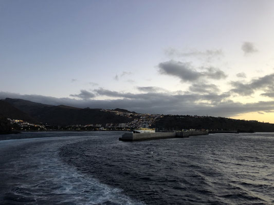 Good Bye La Gomera - view to San Sebastian & harbor _ 07/2021