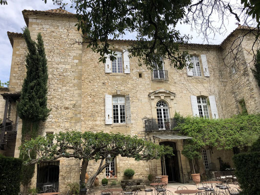 A medieval hotel & restaurant in Arpaillargues, Provence (South of France)