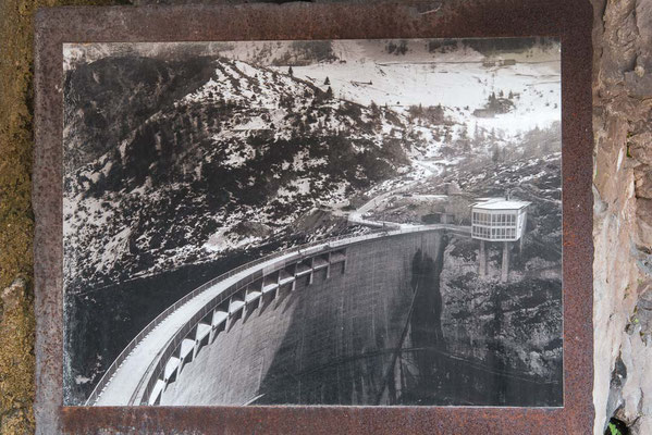 old pic: the finished Vajont Dam