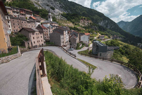 "Finally! The village ""Casso"" which survived the big wave of 1963 from the tragedy of the Vajont Dam"