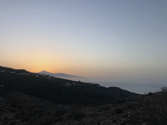 Sunrise with view to Teide / Tenerife
