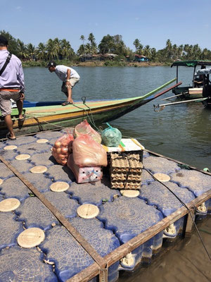 How they buy groceries on the 4.000 Islands, Laos