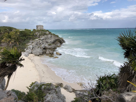 Maya Ruins in Tulum and the beach