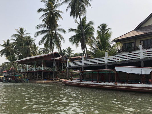 Leaving Don Khon, 1 of the 4.000 Islands in Laos